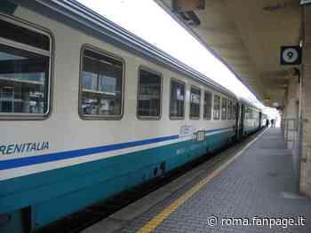 Rapina in treno a Nettuno: minaccia tre coetanei, denunciato un 15enne - Roma Fanpage.it