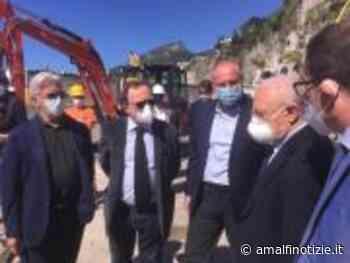 Ieri a Salerno il sopralluogo di De Luca ai lavori della Provincia di depurazione dai reflui urbani - Amalfi Notizie