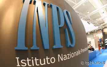 Salerno, truffa all'Inps: sequestrati 73mila euro a una 66enne - Sky Tg24