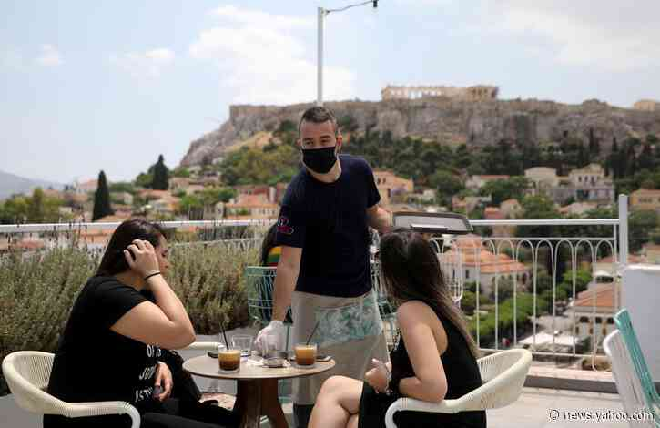 Greece to welcome Germans, Cypriots, Israelis in first wave of visitors