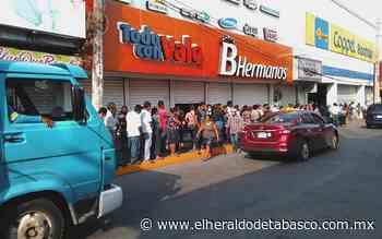 Ciudadanos abarrotan comercios en Cárdenas y Huimanguillo - El Heraldo de Tabasco
