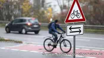 Zwei Radfahrer stoßen in Gersthofen zusammen - Augsburger Allgemeine