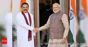 PM Modi speaks with Sri Lankan PM Mahinda Rajapaksa