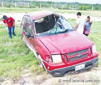 Vuelca camioneta en Viaducto Reynosa - La Tarde