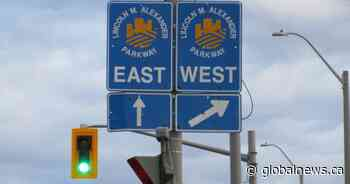 Repairs to overhead sign will close westbound lanes of Linc on Friday night: City of Hamilton