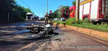 Moto pega fogo após acidente na MT-358 em Tangará da Serra - AgoraMT