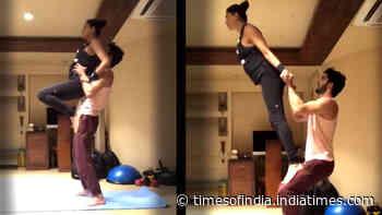 Sushmita Sen and Rohman Shawl's couple yoga video will drive away your lockdown blues