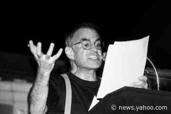 Celebrities mourn Larry Kramer: His 'rage helped lift us out of invisibility' - Yahoo News