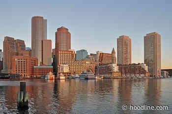 Top Boston news: Man threatened with gun at transit station; caterer serves free halal meals; more - Hoodline