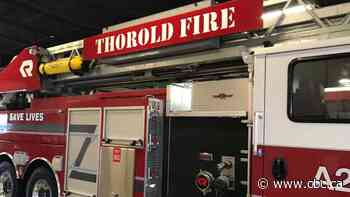 Fire at Thorold auto body shop under control, residents asked to shelter in place: police