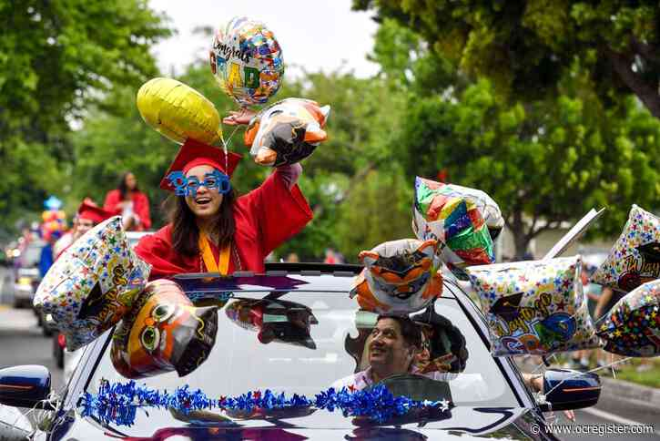 Light shows, special gifts, streets of cheers: Orange County is making sure graduating seniors feel special