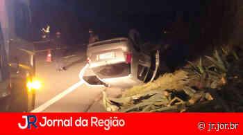 Palio capota em estrada de Jarinu   JORNAL DA REGIÃO - JORNAL DA REGIÃO - JUNDIAÍ