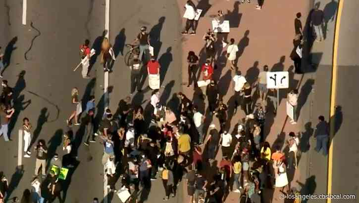 Crowds In Downtown Los Angeles Protest Death Of George Floyd