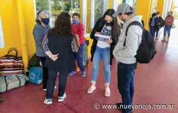 Unas 20 personas varadas retornaron a Buenos Aires - Nueva Rioja