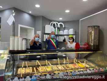 Inaugurazione gelateria - lagazzettadiviareggio.it