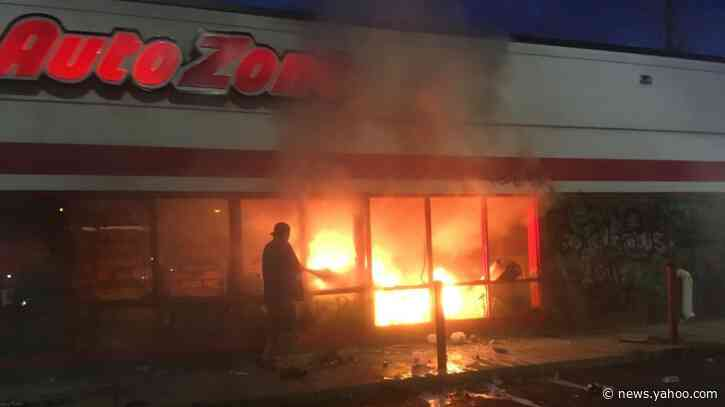 'Burn It Down. Let Them Pay': Chaos Erupts in Minneapolis as Fires Rage From Protests Over Police Violence