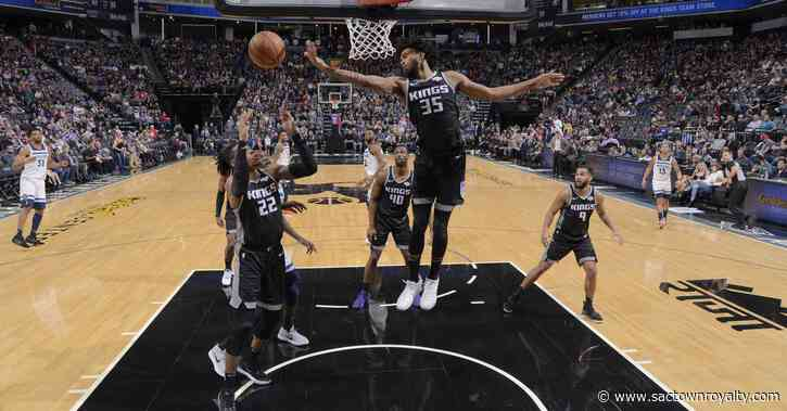 Who starts in the Kings frontcourt if the season resumes?