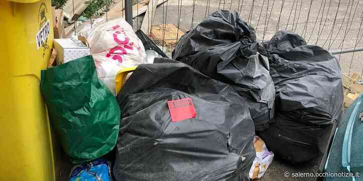 Roccapiemonte, rifiuti abbandonati in strada: arrivano le multe - L'Occhio di Salerno