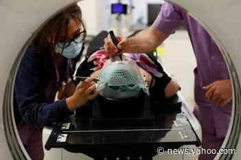 Italy records 70 new coronavirus deaths, 593 new cases