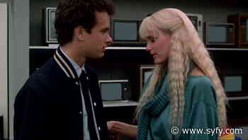 Splash stars Tom Hanks & Daryl Hannah dive into charity reunion (and talk tail tales) - SYFY WIRE