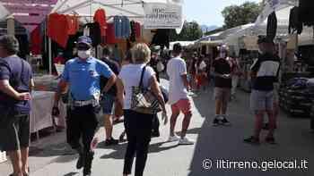 Il mercato di Forte dei Marmi riparte in sordina - Il Tirreno