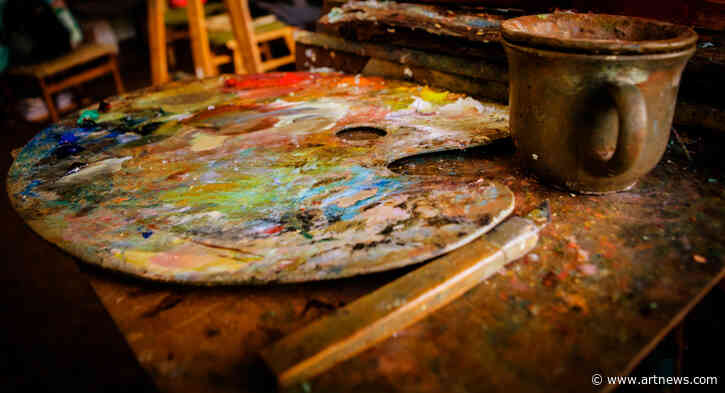 The Best Wood Paint Palettes Are a Sturdy Option forArtists