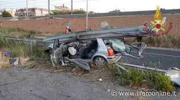 Auto si schianta sul guardrail, paura all'alba a Santa Marinella - IlFaroOnline.it