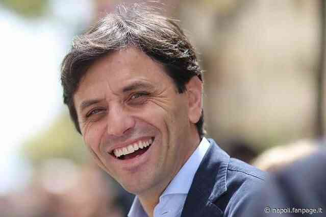 Ercolano, 13 consiglieri firmano la sfiducia al sindaco Ciro Buonajuto: lite tra Pd e Iv - Napoli Fanpage.it