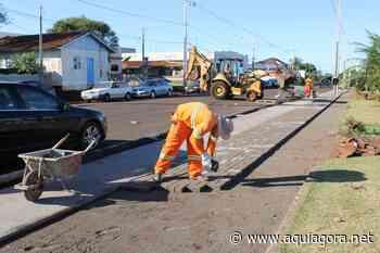 Revitalização da Rua Dr. Osvaldo Cruz em Mercedes começa a receber calçamento em paver - Aquiagora.net
