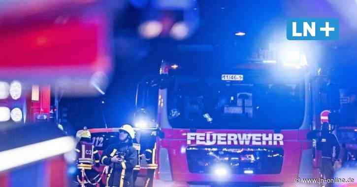 Bad Bramstedt - Brand in Seniorenheim in Bad Bramstedt: Feuerwehr rettet Bewohner - Lübecker Nachrichten
