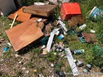 Isola Vicentina, rifiuti abbandonati. Il sindaco: «Ve li farei raccogliere con la bocca» - Vicenza Più