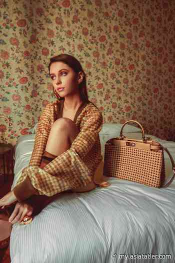 Meet Iris Law, The Daughter Of Actor Jude Law And The Next Style Star - Tatler Malaysia