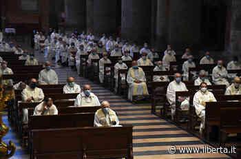 """In Duomo 150 sacerdoti. """"Quanta generosità durante la pandemia"""" - Libertà"""