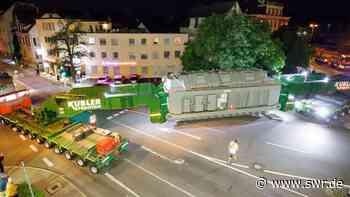 Riesentrafo mit Schwertransport nach Leingarten gebracht - SWR