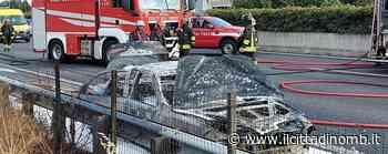 Auto in fiamme in corsia di sorpasso a Lissone, Statale 36 temporaneamente chiusa al traffico - Il Cittadino di Monza e Brianza