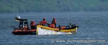 [PHOTOS] Un kitesurfeur sauvé sur le fleuve Saint-Laurent
