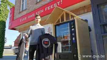 Bakkersgast opent automaat met fietsmateriaal naast bakker L... (Olen) - Gazet van Antwerpen