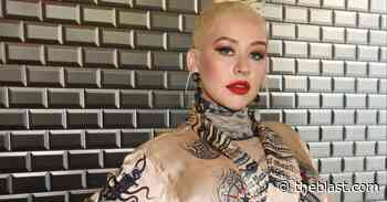 Christina Aguilera Posts Sultry Pictures On Instagram For Fans To 'Stay Cozy' - The Blast