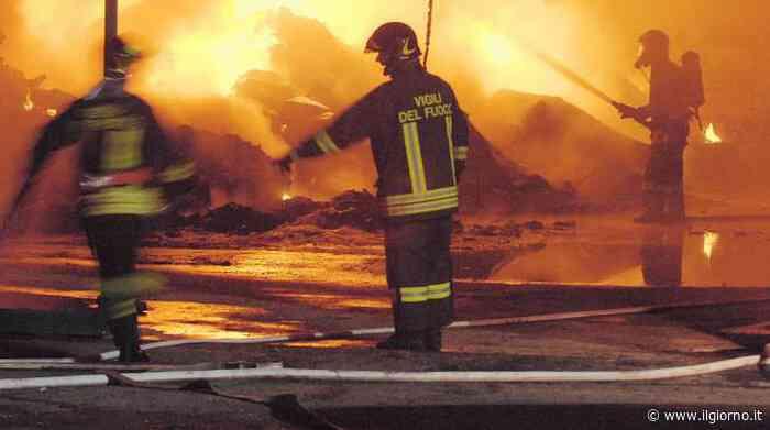 Brugherio, incendio in un bar-ristorante: evacuate tre famiglie - IL GIORNO