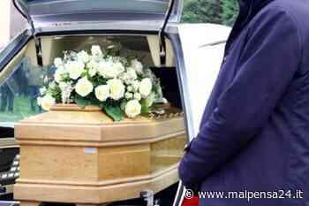 Il lutto ai tempi del Covid19: da Cardano a Inveruno il funerale è in streaming - MALPENSA24 - malpensa24.it