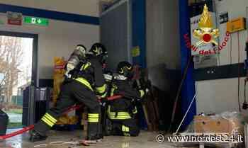 Incendio ad Azzano Decimo: compattatore in fiamme alla LIDL - Nordest24.it