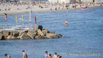 Stabilimenti ancora in alto mare sulle spiagge della provincia di Imperia - Il Secolo XIX