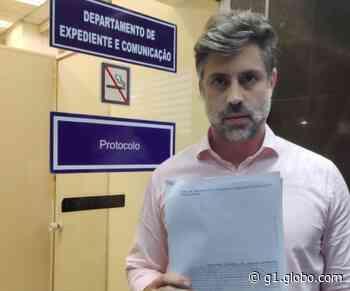 Deputados do Novo protocolam pedido de impeachment de Witzel - G1