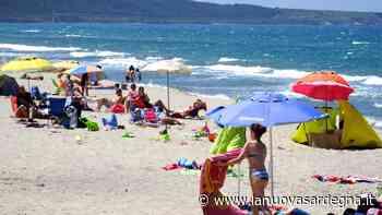 Sassari, ordinanza del sindaco: in spiaggia 10 metri quadrati per ogni ombrellone - La Nuova Sardegna