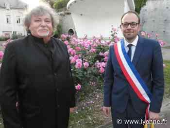 Bernard Moraine a remis l'écharpe de maire de Joigny à son successeur Nicolas Soret - Joigny (89300) - L'Yonne Républicaine
