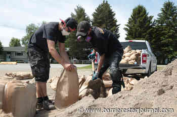 Grand Forks braces for river flooding amid warm weather and rain - Barriere Star Journal
