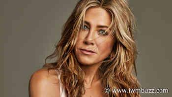 Jennifer Aniston's Most Iconic Fashion Moments - IWMBuzz
