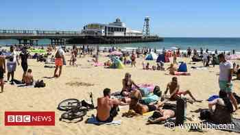 Coronavirus: Risk in UK lockdown easing too soon, warn scientists - BBC News