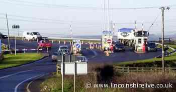 Woman says precautions 'unacceptable' at Dunham Bridge toll booth - Lincolnshire Live