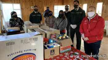 Gendarmes y reos donaron alimentos a familias de Ancud - Cooperativa.cl